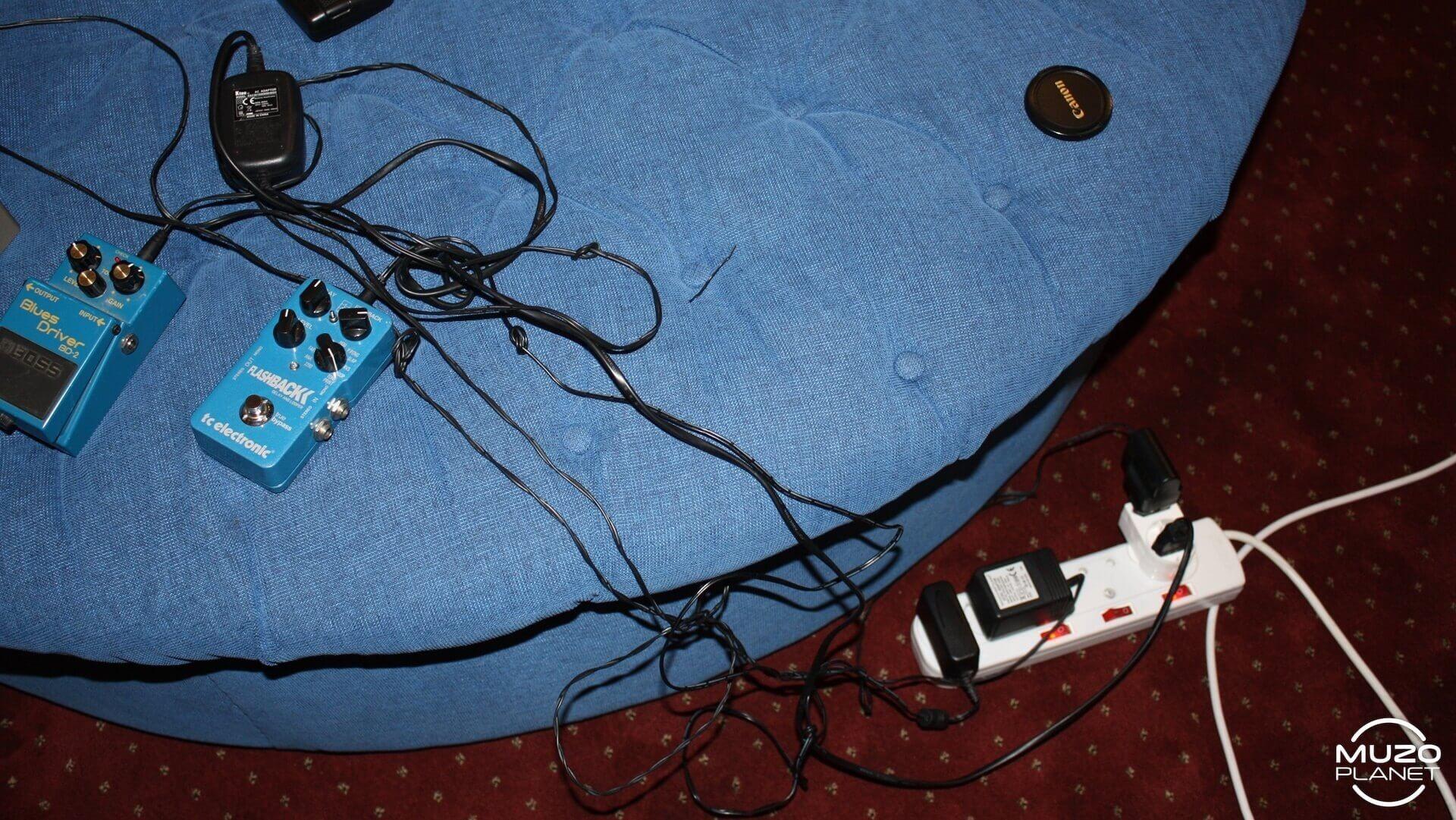 muzoplanet gear check jeandré schultz - Duesenberg guitars